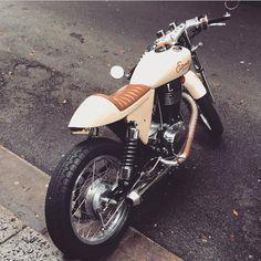 Very nice belt drive Ryca cafe conversion in Sydney CBD today #suzuki #suzukisavage #eternity #suzukimotorcycle #suzukicustom #single #thumper #stocksucks #motorcycle #custom #custombike #customlife #motorcyclecafe #caferacer #caferacers #caferacersofinstagram #caferacerxxx #caferacerdreams #caferacerculture #despatchrider #instabike #instamoto #cb_builds #brat #streettracker #bratstyle #cbd #sydney
