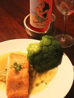 Rendez-vous Grenache Rose Paired with Salmon with Curried Fennel-Wine Sauce. #Recipe