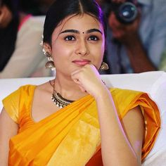 Shalini Pandey is an Indian film actress. She made her debut with the Telugu movie Arjun Reddy. South Indian Actress Hot, Indian Film Actress, Indian Actresses, Beautiful Bollywood Actress, Beautiful Indian Actress, Profile Picture For Girls, Cute Girl Pic, Indian Beauty Saree, Indian Celebrities