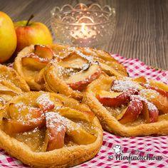 Blätterteig mit Apfelstücken - ganz einfache Nachspeise, wenn es schnell gehen muss.