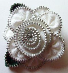 White Floral Brooch / Zipper Pin by ZipPinning 2953 by ZipPinning
