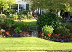 1678 front yard landscaping