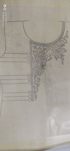 Hand Embroidery Patterns Flowers, Embroidery Neck Designs, Embroidery Suits Design, Hand Embroidery Stitches, Embroidery Fashion, Embroidery Applique, Bead Embroidery Jewelry, Beaded Embroidery, Phulkari Embroidery