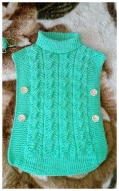 Diy_Crafts-Kids Poncho,Poncho Knitting Patterns-ok. Diy Crafts Knitting, Knitted Hats, Crochet Hats, Gilet Crochet, Blanket Crochet, Kids Poncho, Crochet Baby Sandals, Booties Crochet, Baby Booties