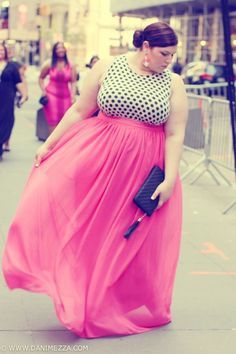 She looks amazing!!!--Plus size fashion Embrace your curves with slimmingbodyshapers.com #slimmingbodyshapers