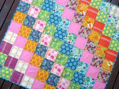 In addition to being a BEAUTIFUL quilt, this is one of the 2 ways I am considering quilting my patchwork quilt.  Quilt by Red Pepper Quilts
