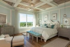 Beautiful Blue and white bedroom. My favorite colour scheme at the moment