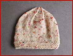 Reno Baby Hat ~ Aran Weight Yarn Tension/ Gauge: = With a Bow - for the Girls Without a Bow - f. Baby Hat Knitting Patterns Free, Baby Hats Knitting, Crochet Baby Hats, Baby Patterns, Free Knitting, Beginner Knitting, Free Pattern, Crochet Patterns, Knitted Baby Beanies
