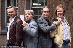 The Sweeney with John Thaw as Det. Jack Regan, Ernie Wise as Ernie Wise, Eric Morecambe as Eric Morecambe and Dennis Waterman and Det. Larry Grayson, The Sweeney, British Comedy, British Actors, Top Comedies, Morecambe, Vintage Tv, Old Tv, Humor