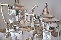 Vintage Silver Coffee and Tea Service Meriden 5 by MaudeAndLola,Etsy(♥️ Pinned by Colette's Cottage)