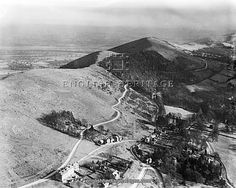 MALVERN HILLS, Herefordshire and Worcestershire. Aerial view looking south at Upper Colwall. Jubillee Drive winds through a plantation along the western side of the ridge. Photographed in 1921. Old Castle farm