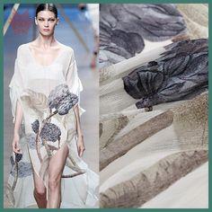 Elegant floral positioning print linen silk fabric for dress telas de seda estampadas stoffen silk natural tissu 14mm SP3699