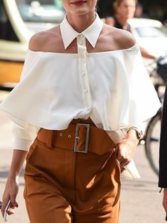 Flawless Summer Outfits Ideas For Slim Women That Looks Cool - Oscilling Older Women Fashion, 50 Fashion, Womens Fashion, Fashion Tips, Fashion Trends, Fashion Ideas, Fashion Fall, Fashion Online, Fashion Dresses