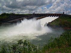 Represa de Itaipu Fuente: Wikipedia