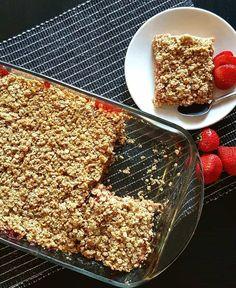 Carrés fraises et rhubarbe | Caroline Cloutier Nutritionniste