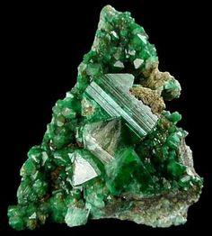 anglesite+crystals | Annabergite, Anglesite, Actinolite Pseudomorph after Augite, Adamite ...