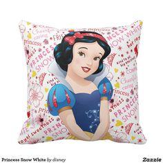 Princess Snow White Throw Pillow, home decor, decoración #cojín #pillow