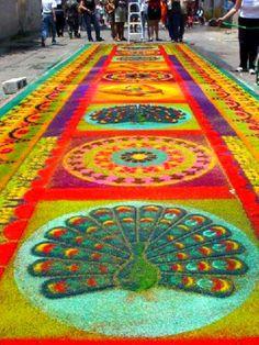 Street Carpets made for Holy Week Semana Santa in Antigua Guatemala Corpus Christi, Guatemalan Textiles, Guatemalan Art, Sidewalk Chalk Art, Arte Floral, Color Effect, World Of Color, Color Theory, Scrapbooking