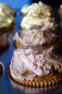 Nourished and Nurtured: Yellow Cupcakes with Vanilla or Chocolate Buttercream Frosting (grain-free : GAPS-legal : gluten-free)