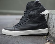 LIVE! Sneakers • Tênis Very Black Power   #sneakers #fashion #fitness