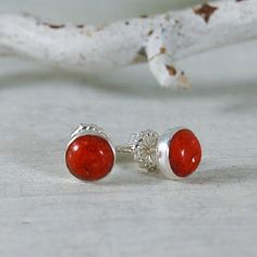 Hey, I found this really awesome Etsy listing at https://www.etsy.com/listing/238326709/sponge-coral-stud-earrings-6mm-red-coral