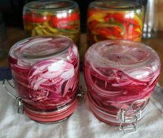 Syltet rødløk og syltet paprika – Grys kjøkkenskriverier