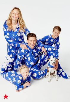 It's beginning to look a lot like Christmas in these wintry family pajamas from Macy's. Shop a style for every member of the family for a guaranteed picture perfect morning. Family Christmas Pictures, Family Christmas Pajamas, Christmas Outfits, Holiday Photos, Christmas Baby, Family Holiday, Christmas Stuff, Family Pictures, Christmas Trees