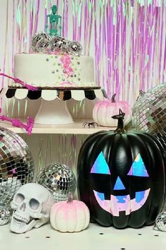 Don't miss this fabulous Disco Halloween party! The cupcakes are awesome! See more party ideas and share yours at CatchMyParty.com  #catchmyparty #partyideas #discohalloween #halloweenparty #halloween Halloween Party Favors, Halloween Cupcakes, Halloween Treats, Halloween Decorations, Halloween Activities, Party Photos, Party Printables, Garland, Backdrops