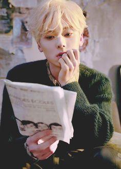 Minhyuk, Jinyoung, K Pop, Blonde Asian, Nu Est Minhyun, Idol, Beige Aesthetic, My Soulmate, Daily Pictures