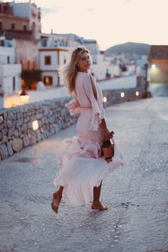 That time of night when the lights turn on | Natasha Oakley Blog