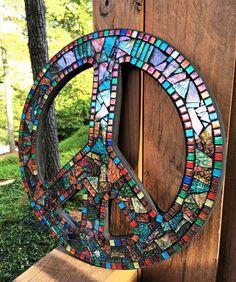 Custom mosaic peace sign created by Tina @ Wise Crackin' Mosaics