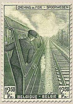 Dentro de los profesionales relacionados con el ferrocarril, uno de los más importantes son los maquinistas. A lo largo de los años, su f...