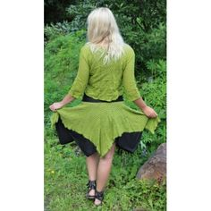 Green hippie skirt! I love this outfit<3 Hippie Skirts, Fairy, Green, Sweaters, How To Wear, Outfits, Dresses, Fashion, Clothes