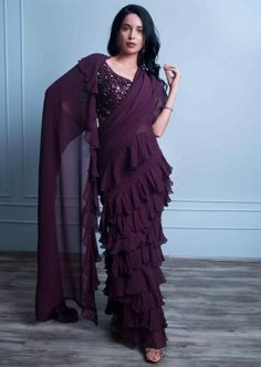 Buy Shrimp Peach Jacket Lehenga With Mirror Abla Work And Weaved Moroccan Pattern Online - Kalki Fashion Indian Fashion Dresses, Dress Indian Style, Indian Designer Outfits, Fashion Outfits, Half Saree Designs, Sari Blouse Designs, Fancy Sarees, Party Wear Sarees, Stylish Sarees