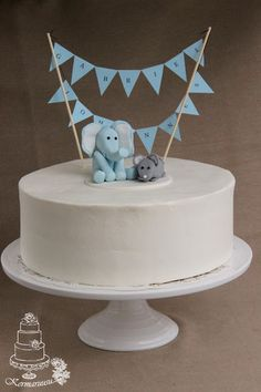 Elephant and mouse cake Funny Baby Clothes, Funny Babies, Babies Clothes, Babies Stuff, Kid Stuff, Dinasour Birthday Cake, Baby Bling, Newborn Girl Outfits, Camo Baby Stuff