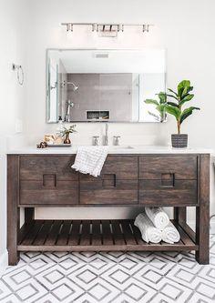 45 Hanging Bathroom Storage Ideas for Maximizing Your Bathroom Space - The Trending House Rustic Bathrooms, Dream Bathrooms, Modern Bathrooms, Master Bathrooms, Small Bathrooms, Beautiful Bathrooms, Architecture Renovation, Wood Vanity, Bathroom Storage