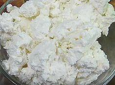 Творог из замороженного кефира в домашних условиях. Полезно и вкусно, рецепт с фото.