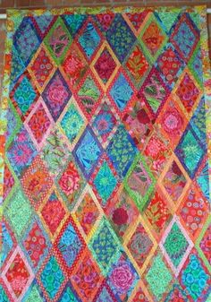 A quilt by Maree Rogers as shown in the Kaffe Fassett Collective ... : rogers quilt shop - Adamdwight.com
