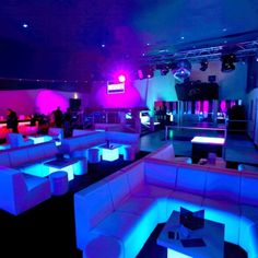 Everybody's Just Gone (House Electro Club Mix) by X ÏL Lounge Club, Bar Lounge, Lounge Ideas, Restaurant Design, Restaurant Bar, Hookah Lounge Decor, Nightclub Design, Lounge Design, Aesthetic Rooms