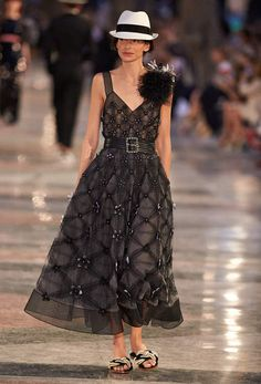 Ready-to-wear - Cruise 2016/17 - Look 10 - CHANEL