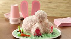 Bunny Butt Cake - Ummm... YES! Yes, yes, YES! I am TOTALLY making this for Easter!!! <3