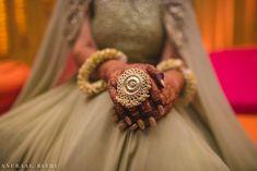 Elegant Mumbai Wedding With Beautiful Outfits. Bridal Rings, Bridal Jewelry, Wedding Rings, Beautiful Bride, Beautiful Outfits, Beautiful Toes, Indian Wedding Jewelry, Indian Weddings, Unique Weddings
