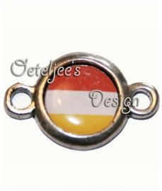 Tussenzetsel Oeteldonk rood wit geel oudzilverkleur | Bedels en hangers | Oeteljee.nl | Den Bosch |