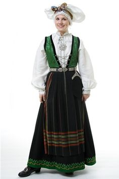 Sogn - Sogn costume N Folk Costume, Costumes, Going Out Of Business, Bridal Crown, Historical Clothing, Traditional Outfits, Color Patterns, Norway, Cut Paper