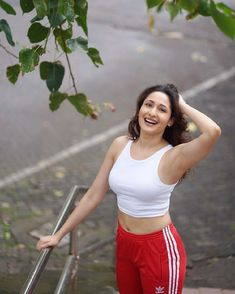 Pragya Jaiswal PRAGYA JAISWAL : PHOTO / CONTENTS  FROM  IN.PINTEREST.COM #BLOG #EDUCRATSWEB