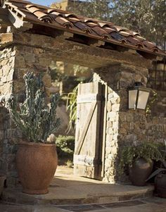 SIMPLE Hacienda Homes, Hacienda Style, Front Gates, House On The Rock, French Country House, Country Houses, House Entrance, Stone Houses, Garden Gates