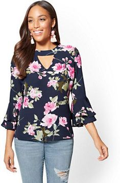 Tiered-Sleeve Cutout Blouse - Floral - New York & CompanyWomen S Fashion Cycling Shorts Key: 7855726472 Cute Sweatshirts For Girls, Girl Fashion, Fashion Outfits, Fashion Ideas, Womens Fashion, Trendy Fashion, Fashion Brands, Make Up Studio, Indian Designer Outfits