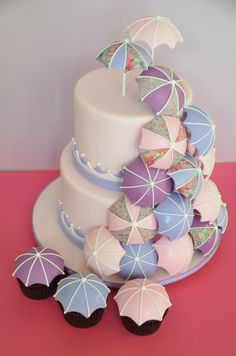Baby shower umbrella cake & cupcakes   moxy.mx