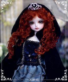 Wednesday's Child Flora Phantom of Rosenlied BJD