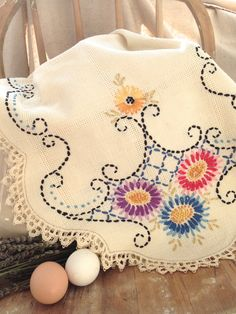 Vintage  Floral Hand Embroidered and Lace Table Runner.